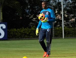 Elisson treino Cruzeiro (Foto: Divulgação/Cruzeiro)