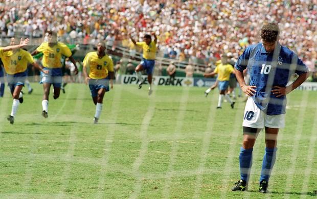 Baggio, Itália x Brasil, Copa de 1994 (Foto: Agência AFP)