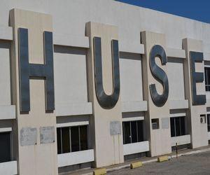 Jovem foi encaminhada à Unidade de Tratamento de Queimados do Hospital de Urgência em Aracaju (SE) (Foto: Flávio Antunes/G1 SE)