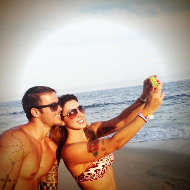 Jaque Khury com o namorado (Foto: Reprodução/Instagram)
