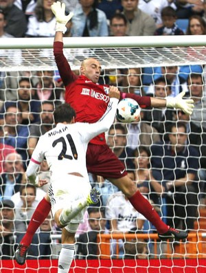 Caballero Real Madrid e Malaga (Foto: Agência EFE)