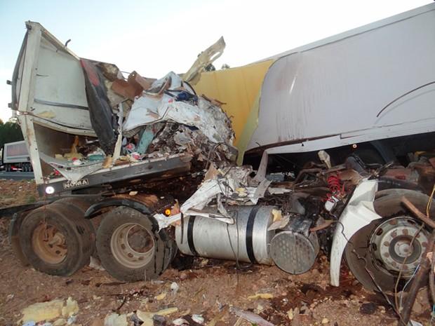 Acidente na BR-020 (Foto: Sigi Vilares/Blog Sigi Vilares)