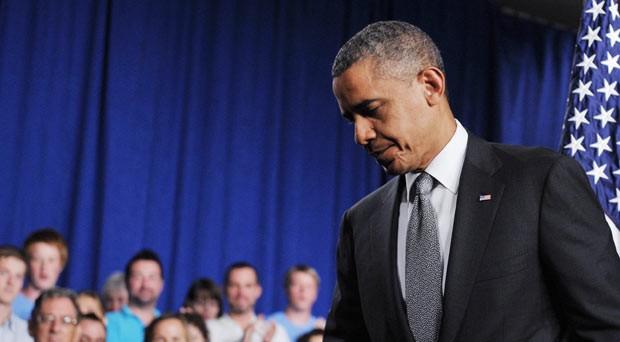 O presidente dos EUA, Barack Obama, após pronunciamento sobre o tiroteio desta sexta-feira (20) no Colorado (Foto: AFP)