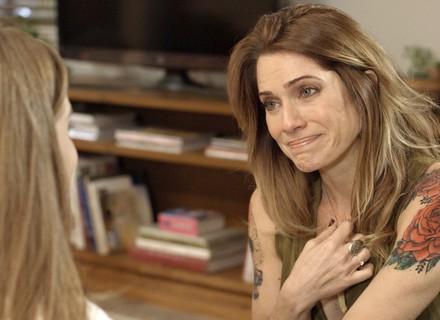 Lenita descobre que Flavinha não é sua filha