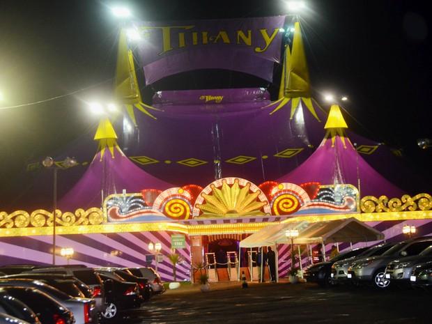 Fachada do circo Tihany na Lagoa do Taquaral em Campinas, SP  (Foto: Lana Torres/ G1)