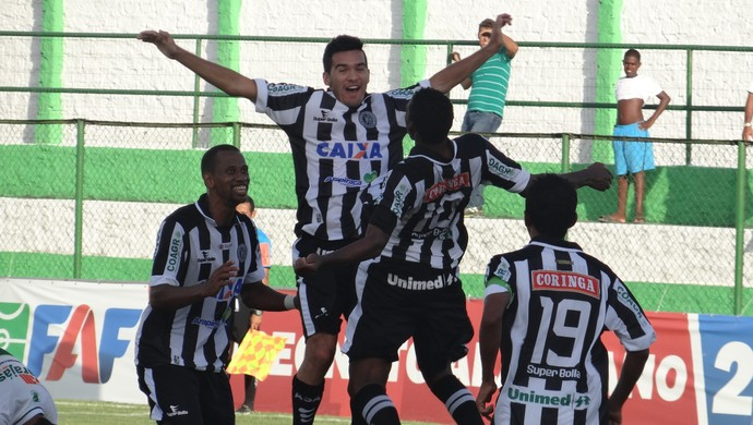 ASA comemoração gol (Foto: Leonardo Freire/GloboEsporte.com)
