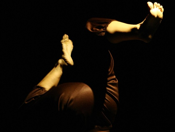 """Alunos da Cia de Dança em ensaio de """"Corpos Móveis"""" (Foto: Yuri Corrêa)"""