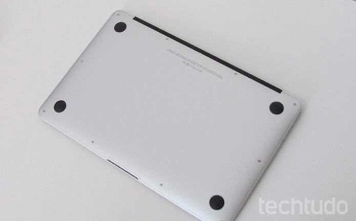 Abra o Mac e reinstale memória ou SSD recém aplicados (Foto: Paulo Alves/TechTudo )