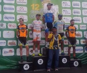 Ciclista Rodrigo do Nascimento, da equipe de Ribeirão Preto, campeão da Volta de Goiás (Foto: Divulgação/Martinez Assessoria)