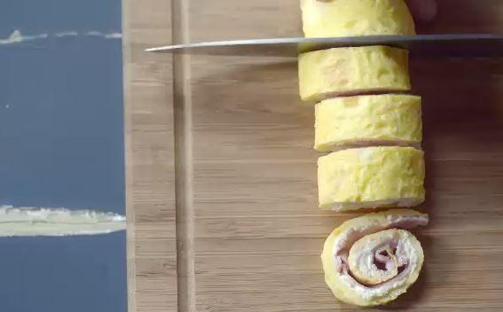 Sanduche enroladinho de omelete (Foto: Reproduo)