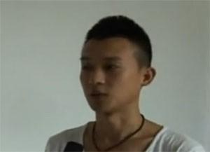 Yang Jun diz que técnica melhora produção do leite materno (Foto: Reprodução/Youku)
