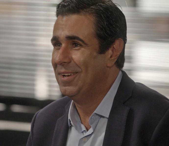 Hugo surpreende a todos com proposta (Foto: TV Globo)