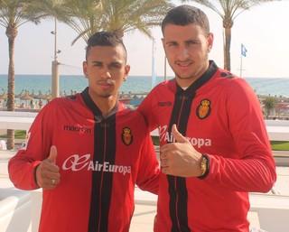 Lima e Luis Felippe, do Grêmio, emprestados ao Mallorca (Foto: Reprodução)