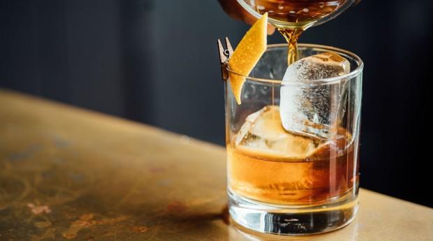 Decisão tornaria obrigatório o uso de selos tributários nas chamadas bebidas quentes - como vinho, uísque, cachaça e licores. (Foto:  Unsplash / Pexels)