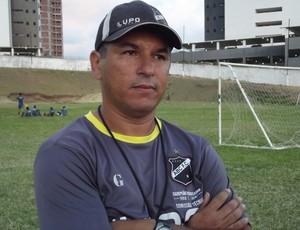 Gilmar Oliveira comanda o ABC na Copa São Paulo (Foto: Tiago Menezes/GLOBOESPORTE.COM)