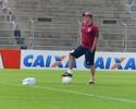 Miguel esconde time, mas admite um  Paraná mais ofensivo contra o Vitória