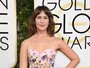Atriz Lola Kirke exibe axilas peludas no Globo de Ouro