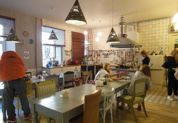 Soul Kitchen Hostel em São Petersburgo, na Rússia: eleito melhor hostel do mundo (Foto: Reprodução/Facebook)