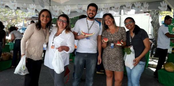 Colaboradores vão a feira orgânica em frente a TV Gazeta  (Foto: Divulgação/ Marketing TV Gazeta)