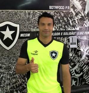 Reforço, Dudu Cearense se apresentou ao Botafogo nesta segunda e fez as primeiras atividades (Foto: Divulgação/Botafogo)