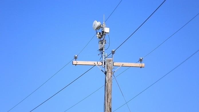 Projeto AirGig usa postes elétricos e promete Wi-Fi de ultra-velocidade (Foto: Divulgação/AT&T)