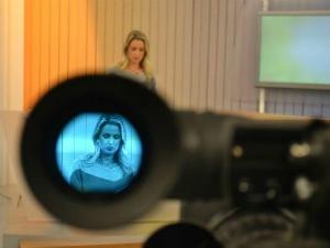 Bom Dia Rio Grande é apresentado por Carla Fachim (Foto: Divulgação, RBS TV)