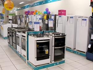 Setor de eletrodomésticos, eletrônicos e lojas de departamentos apresentou queda (Foto: Reprodução/TV Fronteira)