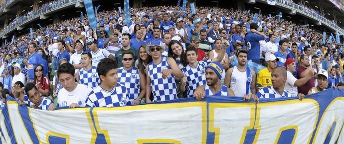 Torcida do Cruzeiro no Independência (Foto: Douglas Magno / Vipcomm)