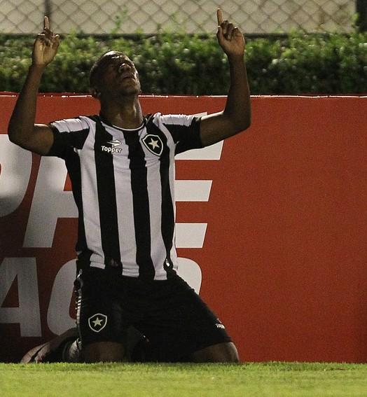 milimétrico (Victor Silva / SSpress / Botafogo)