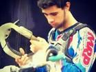 Piloto vítima de acidente em prova de motocross deixa hospital