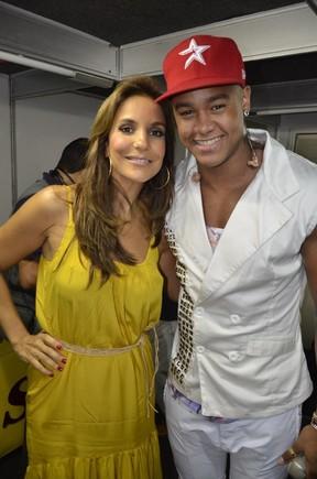 Ivete Sangalo e Léo Santana em bastidores de show em Salvador, na Bahia (Foto: Fred Pontes/ Divulgação)