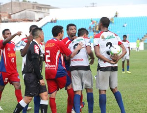 Americano (MA) e Balsas (MA) jogam pelo Campeonato Maranhense, no Nhozinho Santos (Foto: De Jesus/O Estado)