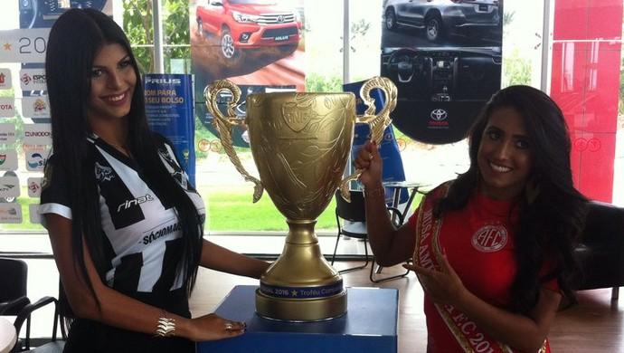 Musas ABC América-RN troféu campeonato potiguar (Foto: Augusto Gomes/GloboEsporte.com)