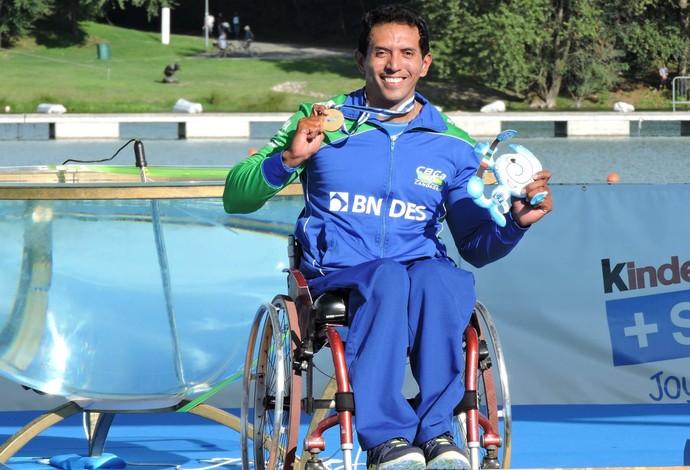 Luis Carlos Cardoso, campeão mundial de paracanoagem (Foto: Reprodução / Facebook)