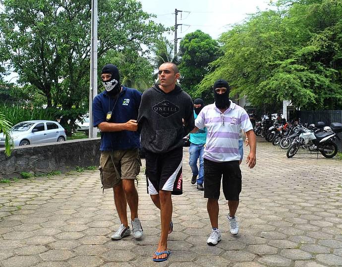 segundo preso morte torcedor arruda (Foto: Aldo Carneiro / Pernambuco Press)