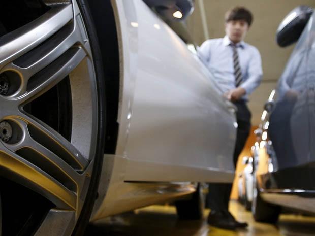 Brasileiros estão comprando menos carros novos (Foto: REUTERS/Kim Hong-Ji)