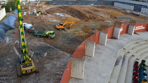 Obras na Arena da Baixada (Foto: Divulgação/Site oficial do Atlético-PR)