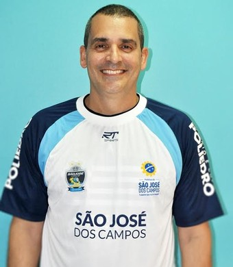 Alexandre Rivetti técnico São José Vôlei (Foto: Zaia Comunicação/ Divulgação)