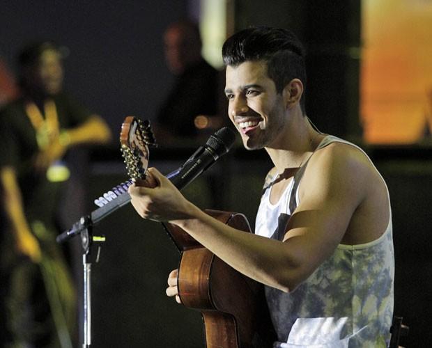 """O sertanejo já emplacou diversos hits como """"Balada"""", """"60 Segundos"""" e """"Gatinha Assanhada"""" (Foto: Divulgação/ João Luiz da Silva)"""