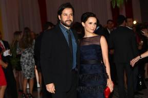 Murilo Benício e Débora Falabella (Foto: Iwi Onodera / EGO)