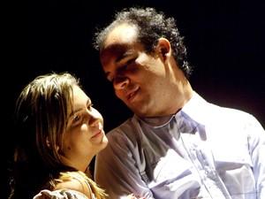Espetáculo trata das dificuldades das classes sociais mais baixas  (Foto: Paulo Brazyl/Divulgação)