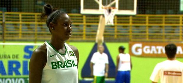 """Resultado de imagem para """"franciele nascimento""""  basquete feminino"""