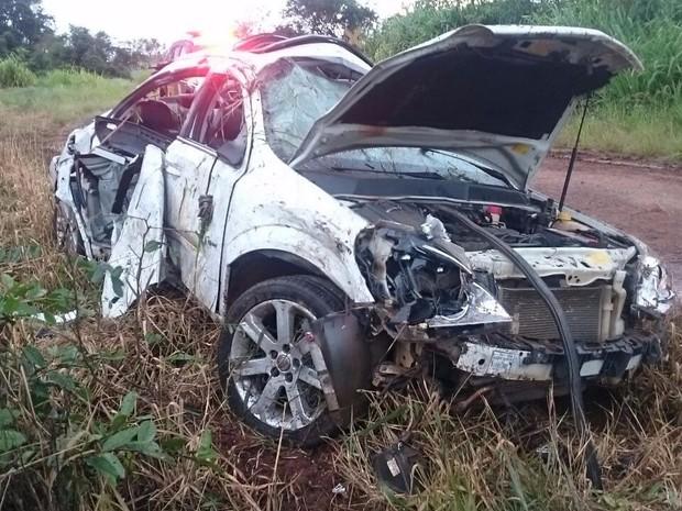 Passageira provavelmente estava sem cinto de segurança, diz polícia (Foto: PRF/Divulgação)