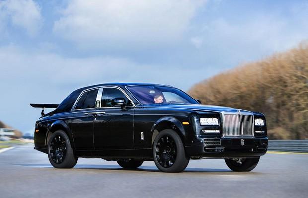 Rolls-Royce revela mula de novo SUV de luxo (Foto: Divulgação)