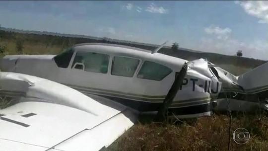 PF prende supostos piloto e copiloto de avião com 600 quilos de cocaína