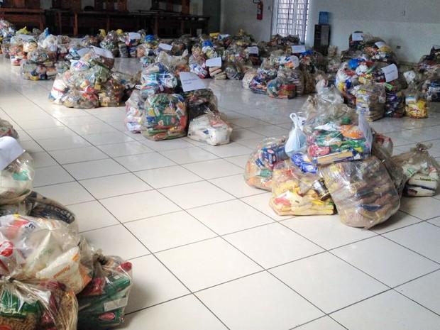 Ao todo, foram arrecadados10.265 quilos de alimentos (Foto: Heloise Hamada/G1)