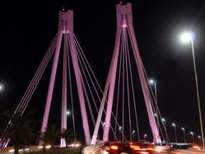 Pontos de Vitória têm iluminação especial no 'Outubro Rosa' (Foto: Elizabeth Nader/ Prefeitura de Vitória)