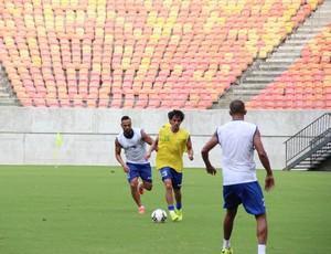 Nacional treina na Arena da Amazônia (Foto: Gabriel Mansur)