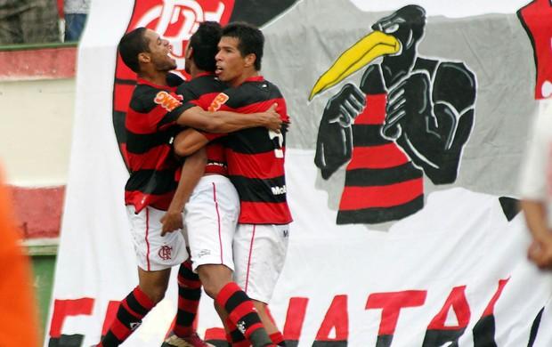 Jogadores gol Flamengo (Foto: Mauricio Val / VIPCOMM)