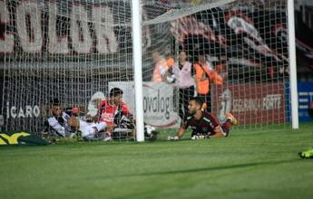 """Com """"coração na ponta da chuteira"""", Felipe Alves celebra gol no 1º clássico"""